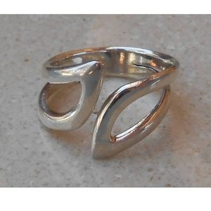 Jewelry - adjustable sterling silver ring SJ940-10